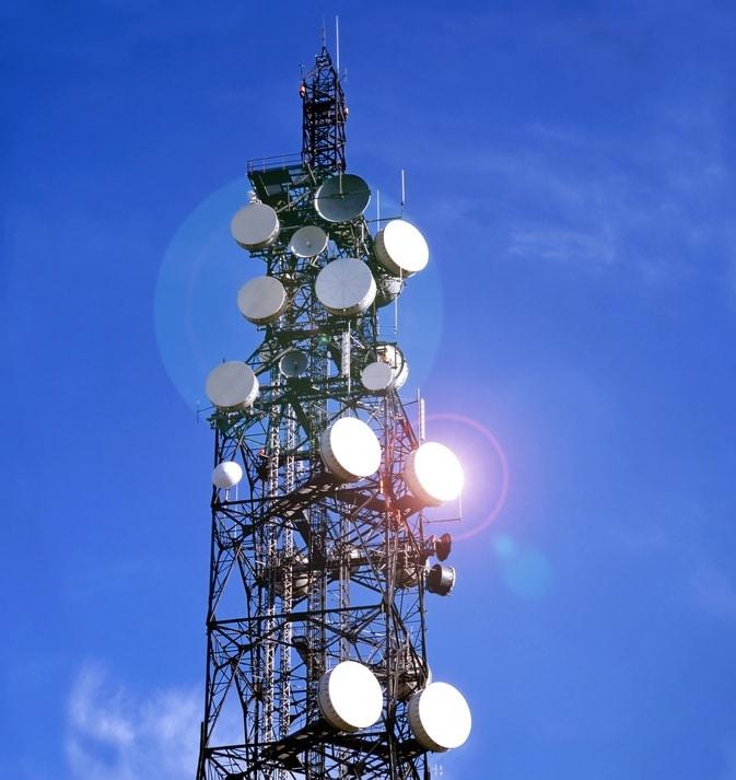 Operadores de telefonía fija y móvil